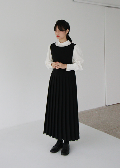 Vertical Pleated Dress(2color)