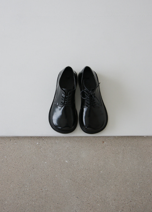 Black Round Toe Lace Up Derby Shoes
