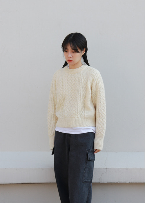 Ivory Fisherman Round Neck Sweater