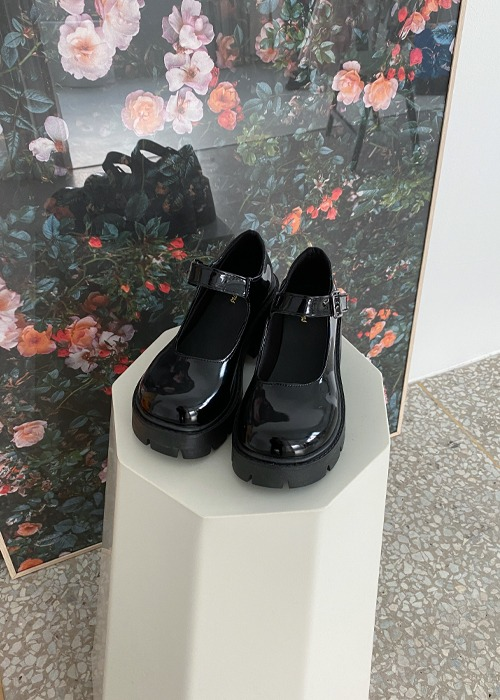Glossy Black Cleated Sole Platform Mary Janes